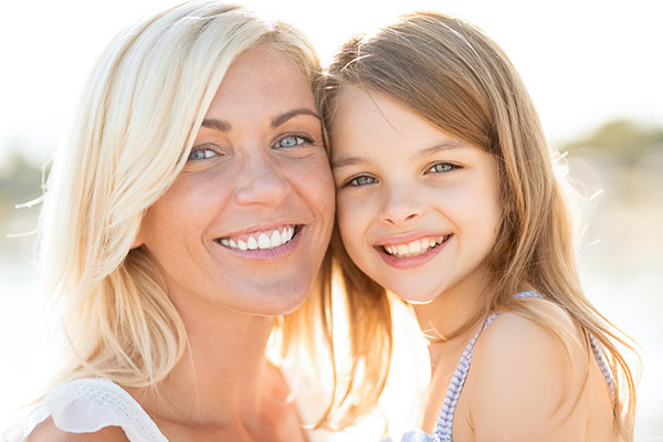 Family Dentistry Info: How Your Teeth Change As You Get Older