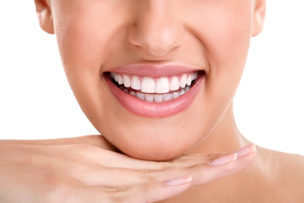 Four Popular Options For A Smile Makeover